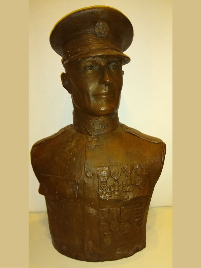 Picture of a plaster bust of Major Sam Woodfill.